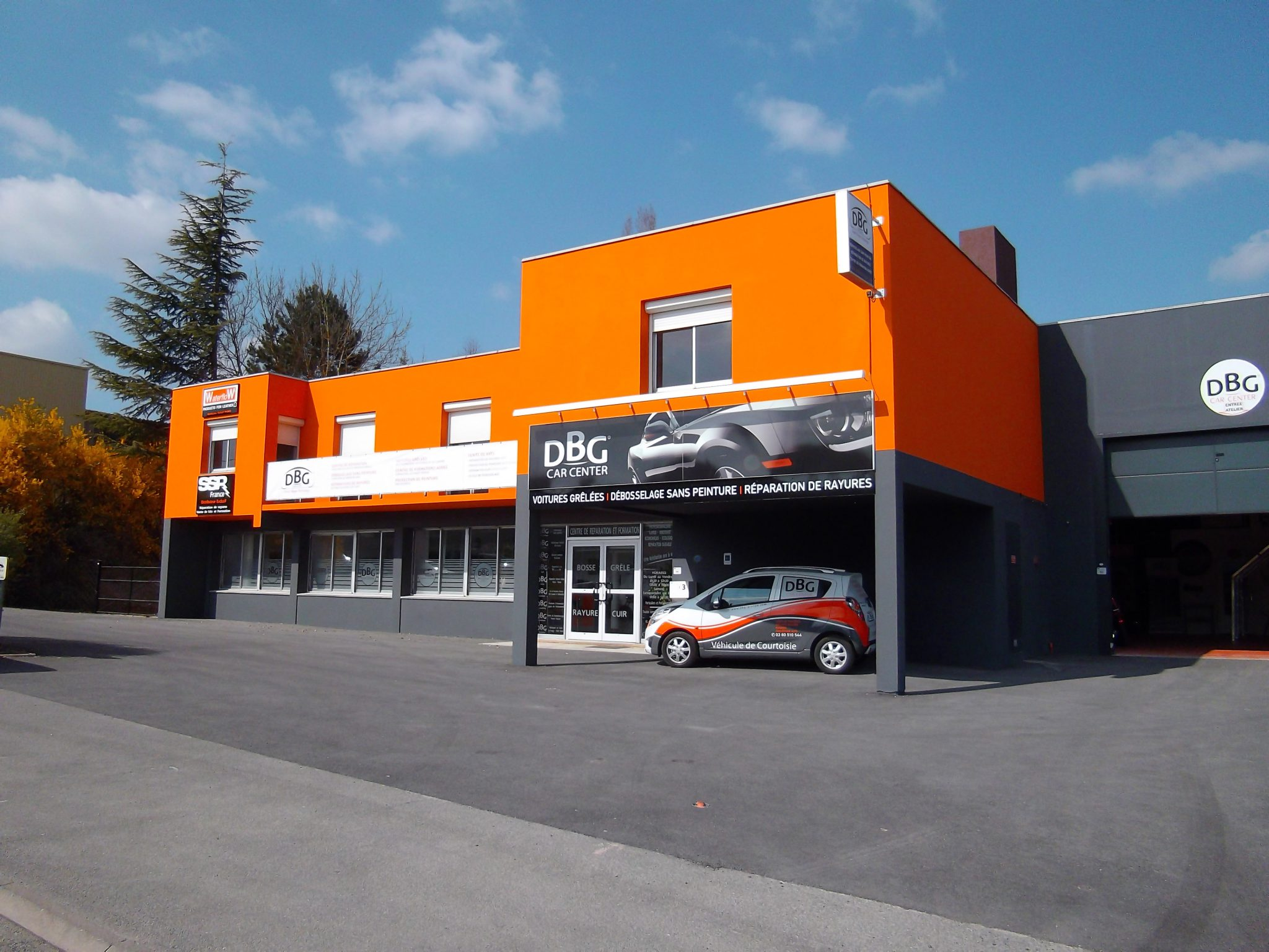 Locaux DBG Car Center
